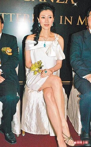 李嘉欣终于嫁了!