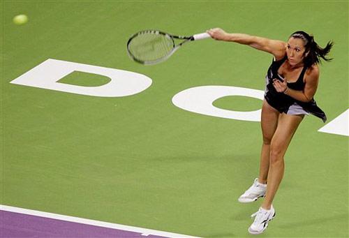 图文:WTA年终总决赛 扬科维奇裙角飞扬