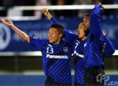 图文:[亚冠]大阪3-0阿德莱德联 钢巴庆祝破门