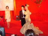图:杨威杨云浪漫大婚 王子与公主