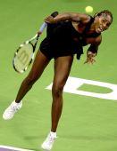图文:WTA总决赛演威氏内战 大威回球依然有力