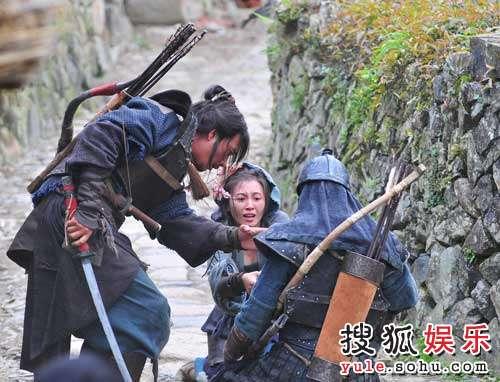 剧中,胡军和于小磊有精彩的对手戏