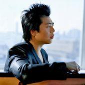 图:世界钢琴王子郎朗精美写真-2