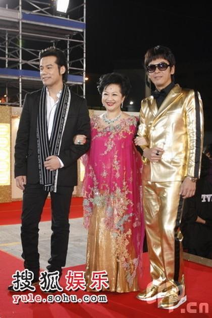 图:TVB台庆红毯 郭政鸿、薛家燕、徐荣伴