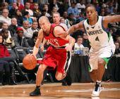 图文:[NBA]开拓者胜森林狼 布雷克突破