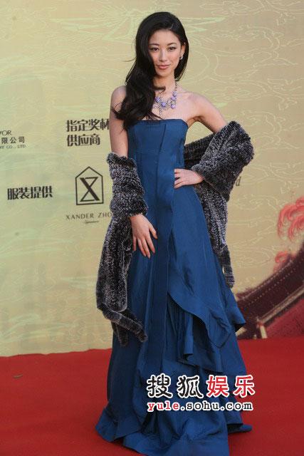 第九届CCTV-MTV音乐盛典现场 朱珠礼服典雅