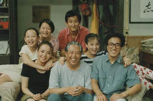 《我爱我家》第一次把情景喜剧的概念引入中国