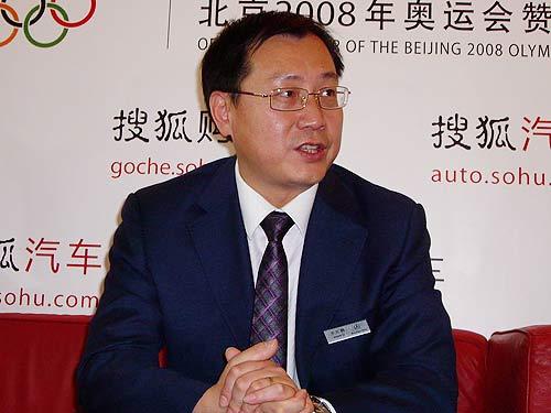 北京奔驰销售市场部经理李宏鹏