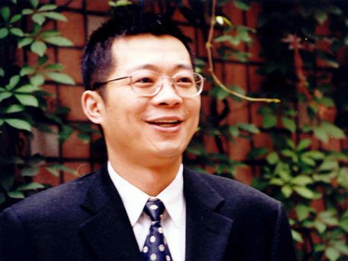 搜狐出国专家:包凡一,著名留学咨询专家