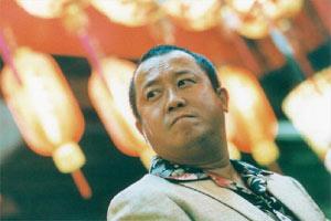 """据爆料,曾志伟在中国开设的""""北京无休""""演艺经纪公司,连董事总裁加员工共剩5个人,已成空壳。"""
