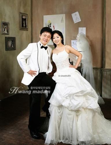 韩国婚纱美女_韩国美女