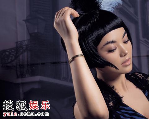 狂操李湘_组图:李湘最新写真曝光 转换身份另类造型