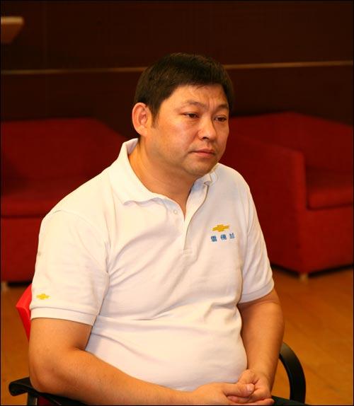 海通用汽车雪佛兰品牌经销商代表,北京卫宇行汽车销售服务高清图片