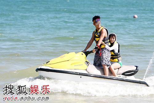 海上骑摩托艇