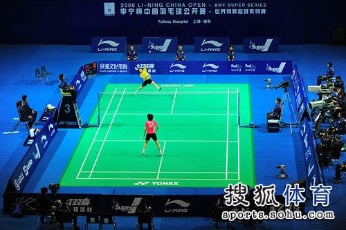 图文:蒋燕皎夺中国赛女单桂冠 比赛现场全景