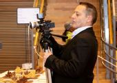 图文:国象奥赛第十轮 摄影师调整设备