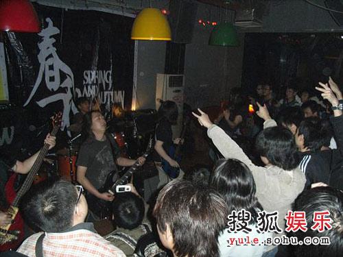 春秋乐队广州站