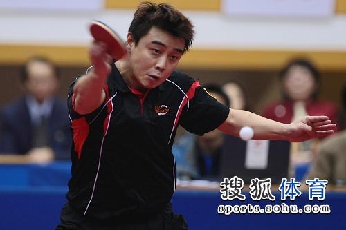 图文:全锦赛张继科男单夺冠 王皓嘴型怪异
