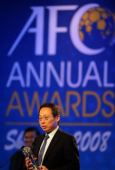 图文:2008亚足联颁奖典礼 日本队主帅