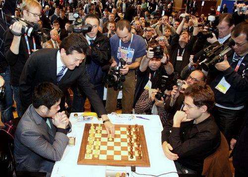 ...国际象棋奥林匹克赛在德国东部城市德累斯顿进行.本届赛事的...