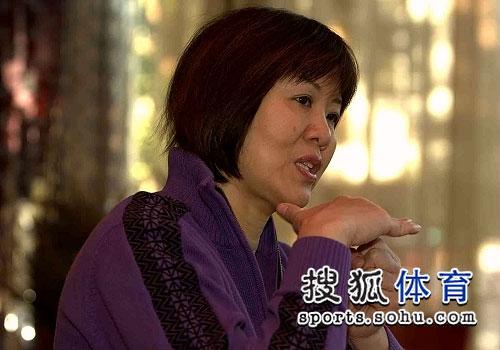 图文:郎平接受搜狐体育专访 郎平现老女排风采