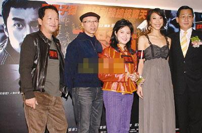 刘国昌(左二)导演的电影《弹.道》,沉孟生(右)、胡婷婷(右二)及廖启智都担重戏。
