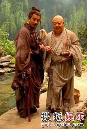 刘金山刘威携手演出《红楼梦》