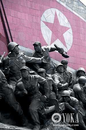 平壤万寿台纪念碑。万寿台地区是整个朝鲜的中心,各大政府部门也都设立在此。