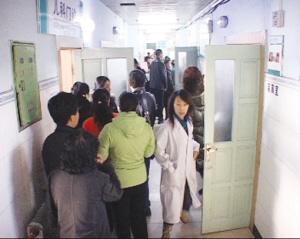 吉林153名小学生疑食物中毒 学校食堂关闭