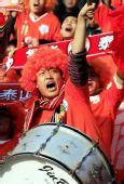 图文:[中超]山东VS广州 球迷狂热