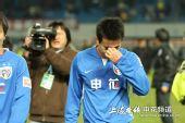 图文:[中超]上海2-2浙江  孙吉退场