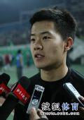 图文:[中超]北京2-0成都 黄博文接受采访