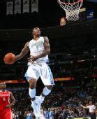 图文:[NBA]火箭负掘金 史密斯灌篮
