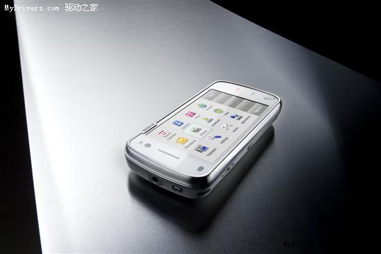 诺基亚新旗舰N97正式发布