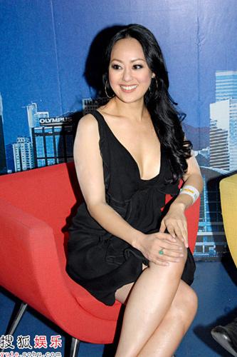 章小蕙为NOW香港台的清谈节目《星期日大班》担任第一集嘉宾