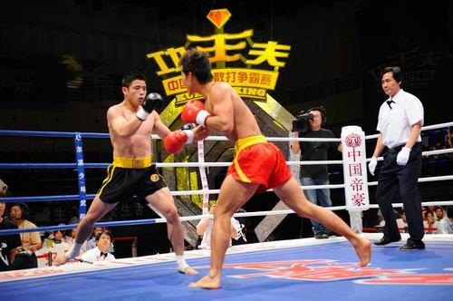 图文:姜春鹏过往战绩一览 姜春鹏追击对手