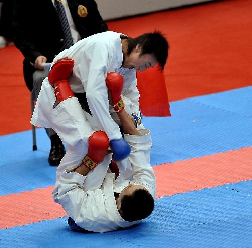 全国:2008对手空手道冠军赛将体育摁倒在地-搜狐中学绵阳舞蹈v全国学校体育图文图片