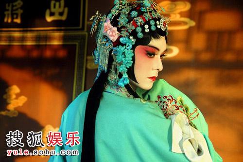 徐垚在《红楼梦》中反串杜丽