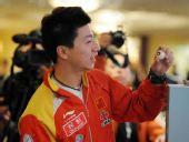 图文:乒联总决赛开赛在即 马龙在抽签仪式上