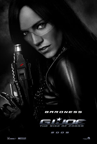 """男爵夫人""(The Baroness)西耶娜・米勒(Sienna Miller)饰"