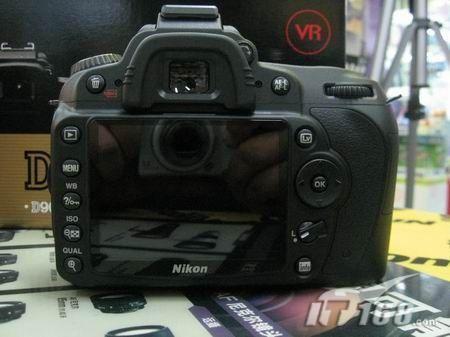 尼康D90