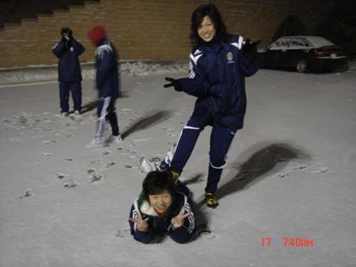 徐媛雪地受虐