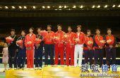 图文:全锦赛男佩团体决赛 男子佩剑团体前三名