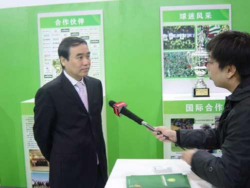 李小明接受采访