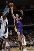 图文:[NBA]湖人VS魔术 拉德曼诺维奇
