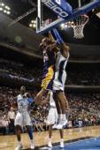 图文:[NBA]湖人VS魔术 飞侠魔兽肉搏战