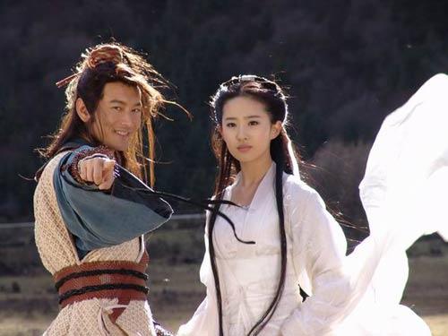 黄晓明和刘亦菲也遭遇了反对之声