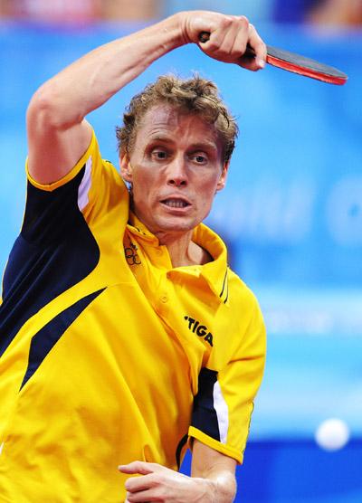 2000年世乒赛团体决赛,佩尔森连斩中国双子星刘国梁和孔令辉,是瑞典队最后夺冠的最大功臣