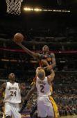 图文:[NBA]湖人VS勇士 沃特森羞辱小鱼