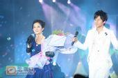 组图:跨年演唱会―张杰、谢娜《明天过后》